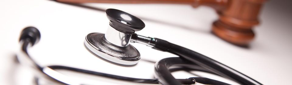 stethoscoop hamer ziekte arbeidsrecht